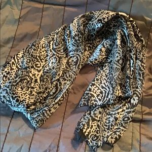 Silky black and white scarf